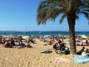 le lavandu пляж франция фото