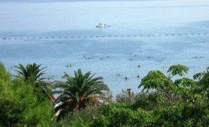 плави хоризонт пляж фото черногория