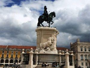 Лиссабон центральная площадь фото