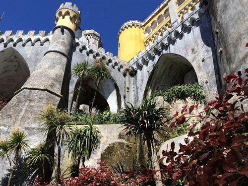 Дворец Пена в Синтре – фото