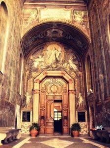 Chiesa di San Gregorio Armeno Церковь Святого Григория Армянского Неаполь фото