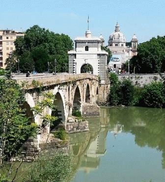 Ponte Milvio мост Мильвио Рим фото