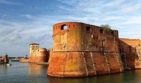 Старая крепость Ливорно фото