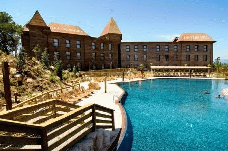Hotel Gold River