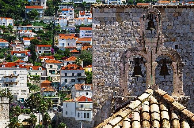За этими стенами Дубровник