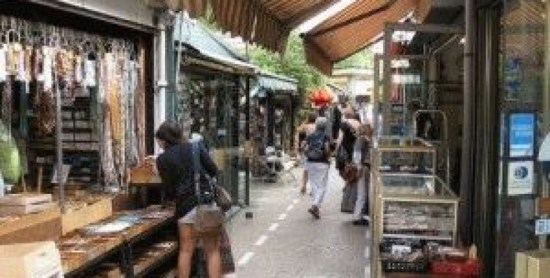 Блошиные рынки в Париже – куда пойти с детьми