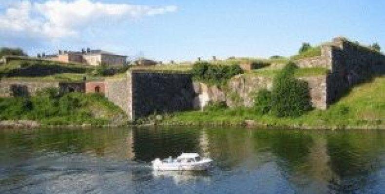Крепость Суоменлинна (Свеаборг) в Хельсинки и музей игрушек