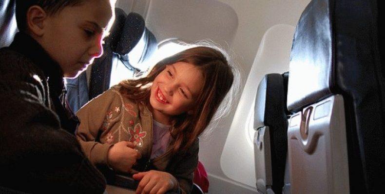 Что взять ребенку в самолет