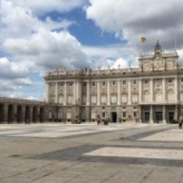Королевский дворец в Мадриде – роскошь королей Испании