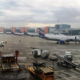 Допущена ошибка в билете на самолет: что делать?