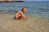 Отдых с детьми на море – что взять с собой в поездку с ребенком