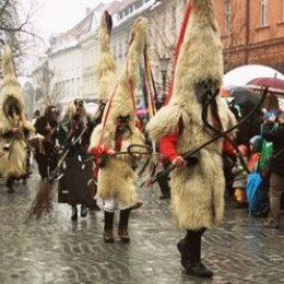 Зимние праздники Словении — от Рождества до Масленицы